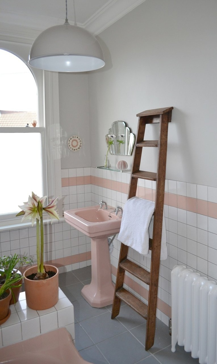 Spectacularly pink bathrooms that bring retro style back for Pink and grey bathroom decor
