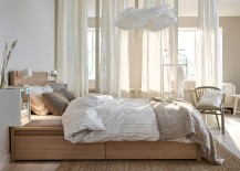 Relaxing-bedroom-with-wall-mounted-beautiful-bedside-stands-and-white-drapes-217x155