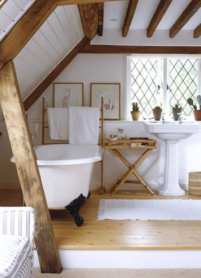 Genial View In Gallery Rustic Attic Bathroom With Wooden Beams