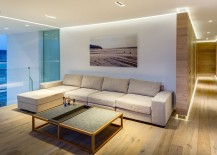 Simple-and-elegant-TV-room-on-the-top-floor-217x155