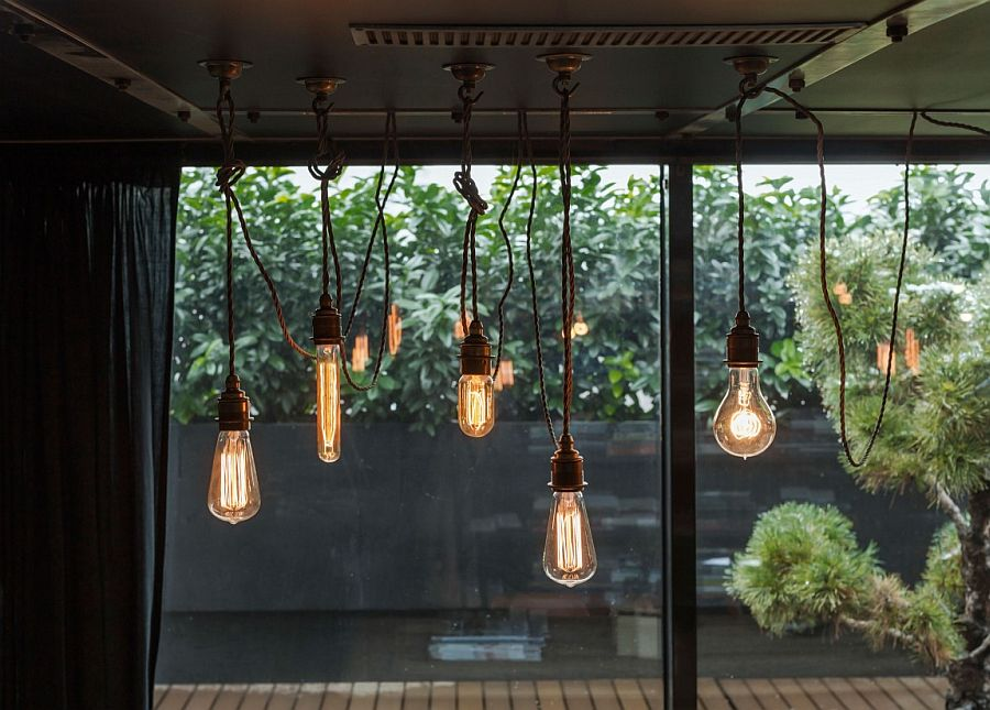 Simplicity and beauty of the stripped-down lighting additions