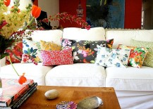 Touch-of-floral-charm-for-the-cool-living-room-217x155