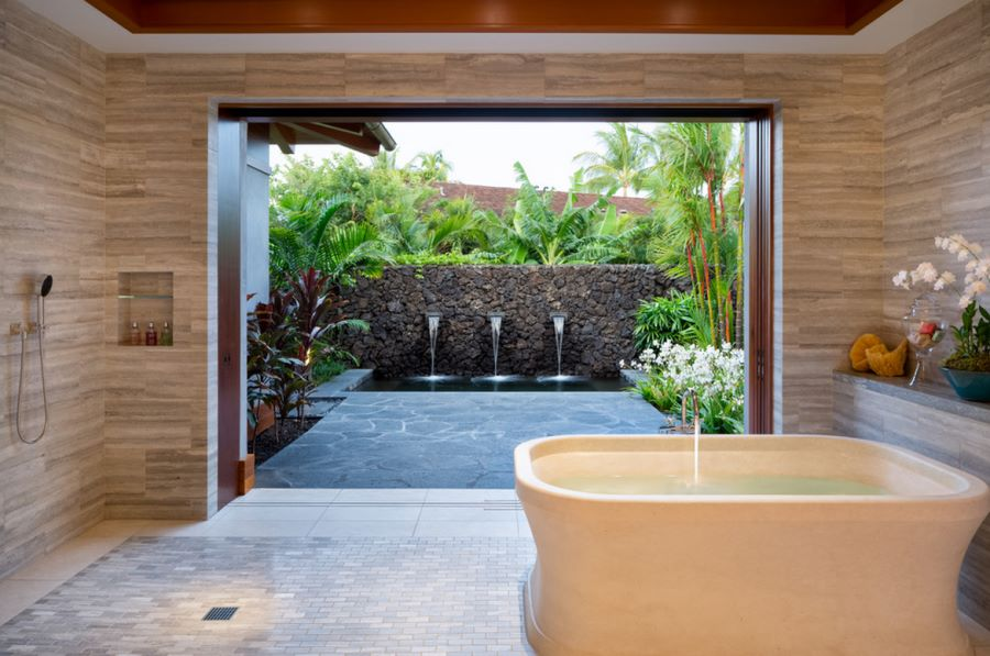 Tropical shower with a connecting patio