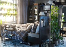 Vintage-bedroom-with-green-goodness-takes-you-back-in-time-217x155