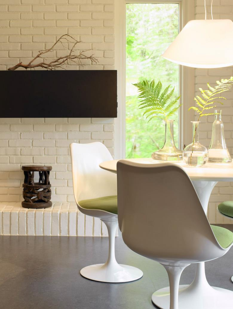 Create A Chic Statement With A White Brick Wall - White brick interiors