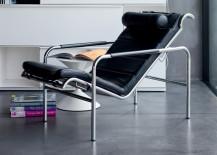 Zanotta Genni lounge chair in black leather