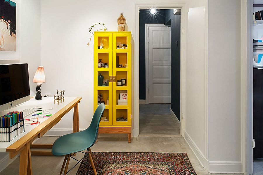 A simple and easy way to add color to your home office