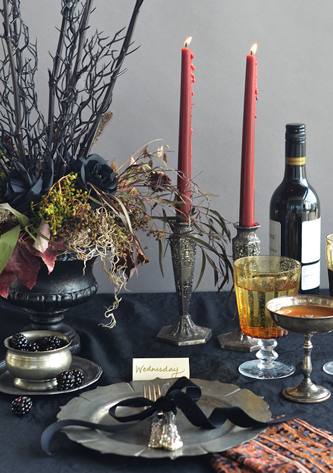 Superieur View In Gallery Addams Family Themed Halloween Table Setting