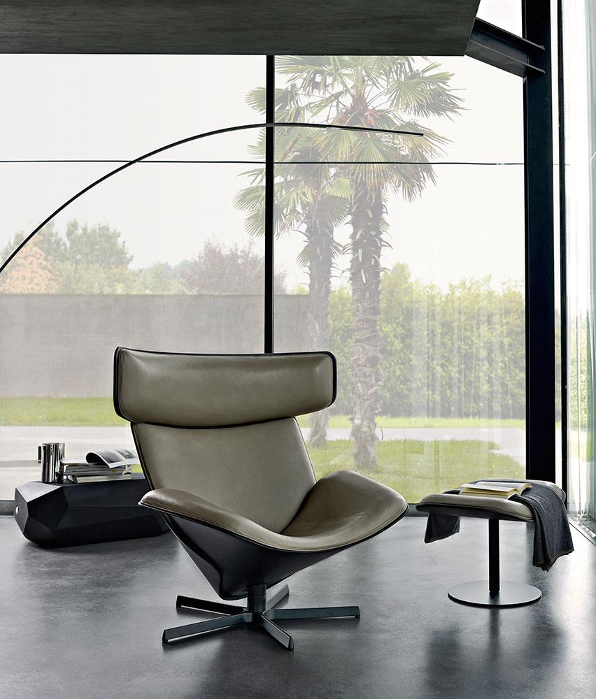 Almora armchair