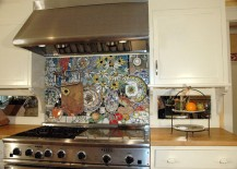 Amazingly detailed stove backsplash with colorful plates 217x155 18 Gleaming Mosaic Kitchen Backsplash Designs