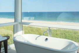 Bathtub with a view of the beach  Spectacular Bathroom Design with a View Bathtub with a view of the beach