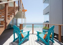 Beach style oceanfront deck with pops of blue 217x155 20 Dreamy Beach Style Decks for a Relaxing Staycation