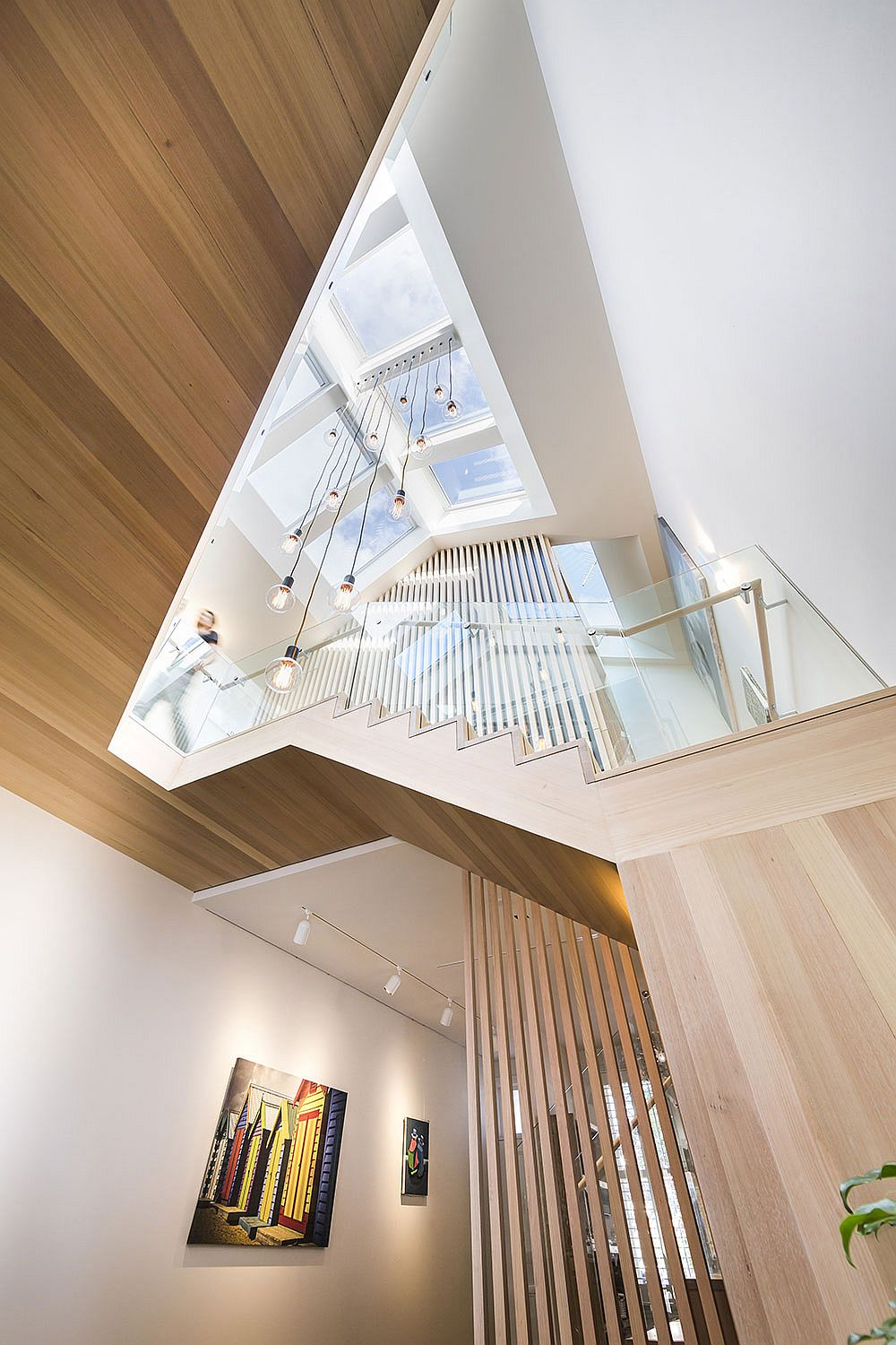 Beautiful ligting creates an airy interior with refined aesthetics