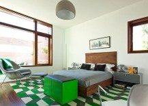 Bedroom with green accents allows you to change color scheme with ease