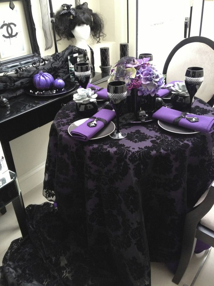 Black and purple Halloween table setting