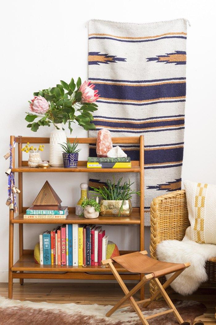 Bookshelf with desert style