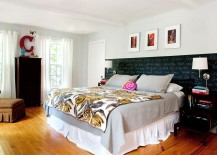 Chalkboard-paint-creates-an-eclectic-accent-addition-inside-the-bedroom-217x155