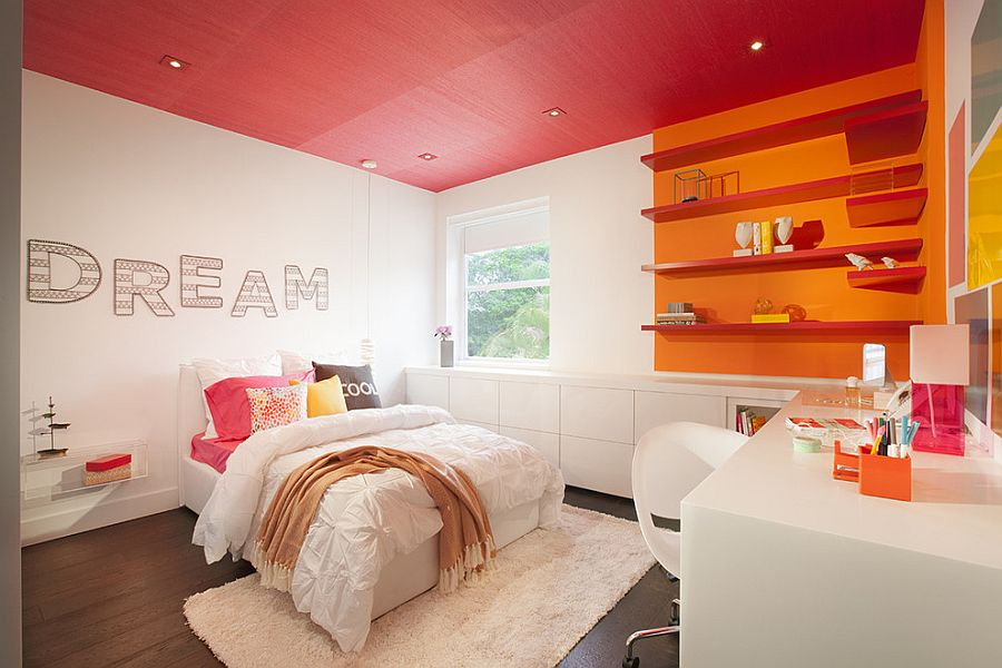 Color-blocking with pink and orange in style [Design: DKOR Interiors]