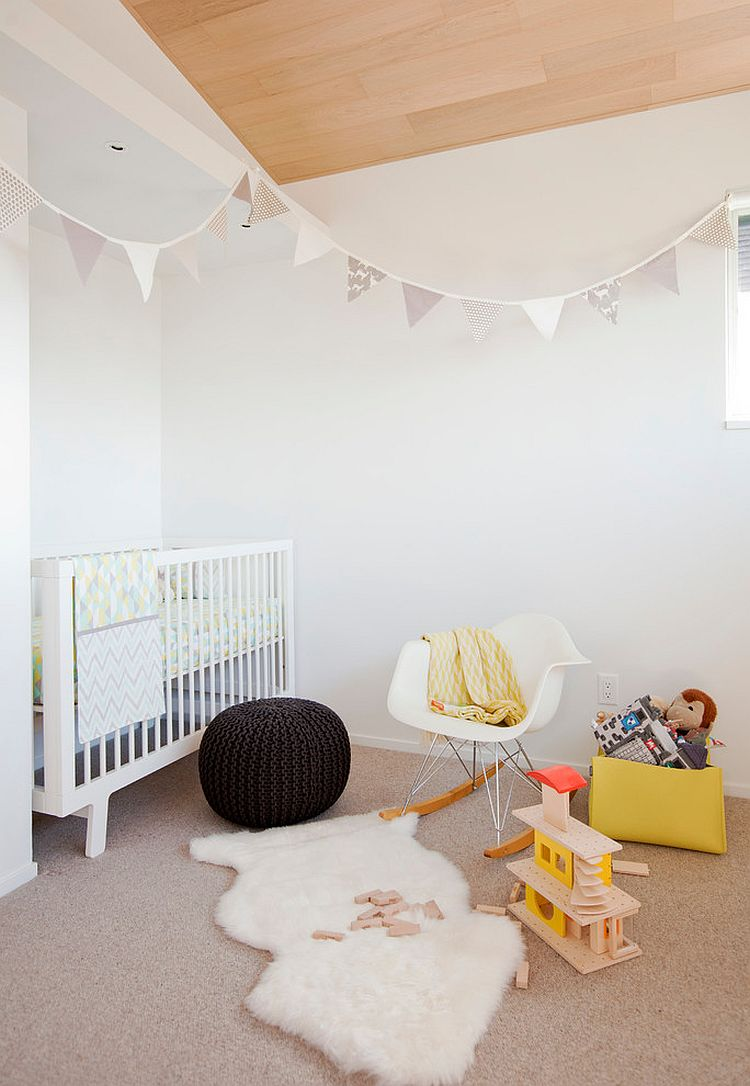 Color is kept to a minimum in this small nursery