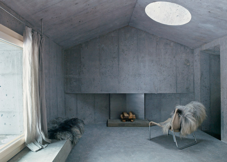 Concrete house by Nickisch Sano Walder Architects