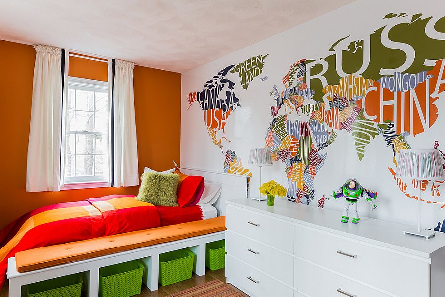 Custom designed world map wall mural [Design: Spazio Rosso]
