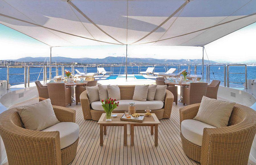 Design inspiration for a lavish beach style deck [Design: Periwinkle Design]