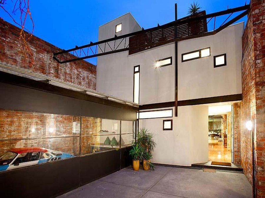 Beautiful Brick Walls Warehouse Conversion In Fitzroy