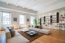 Chic Roman: CM Apartment Reinterprets Classic Design Using Modern Overtones