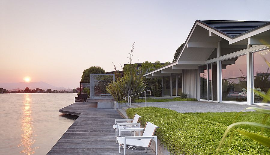Floating deck above the lagoon offers perfect spot to enjoy sunset [Design: Gary Hutton Design]