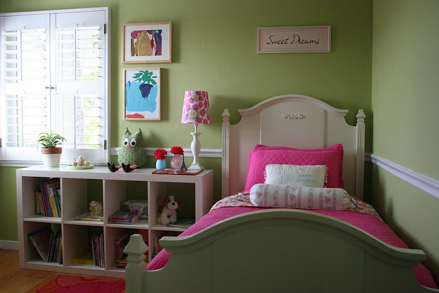 Girls' bedroom in pink and green [Design: Fiorella Design]