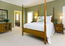 Green is an ideal color choice for the tropical bedroom