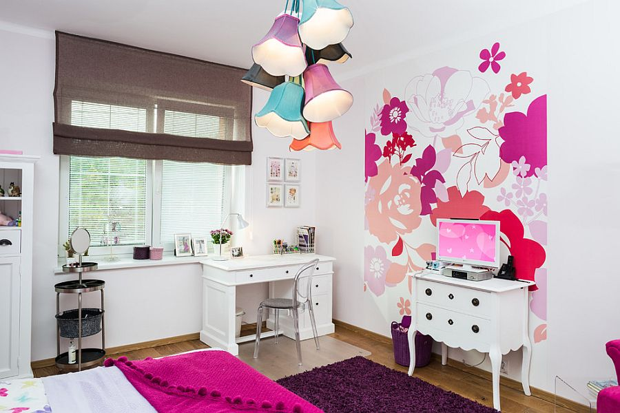 Incorporating floral prints and motif into the girls' bedroom design [Design: Home Staging - Czech Republic]