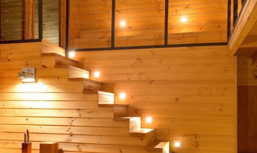 15 Modern Staircases with Spectacular Lighting