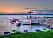 Magical-waterfront-deck-completes-a-rejuvenating-retreat-217x155