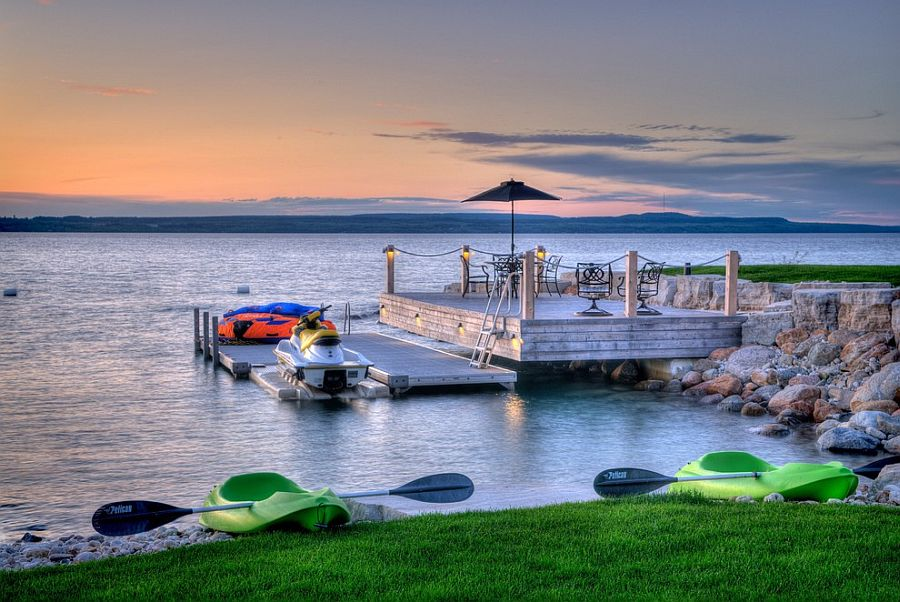 20 dreamy beach style decks for a relaxing staycation for Waterfront landscape design