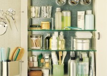 Magnetic medicine cabinet helps with organization 217x155 Stylish Design Ideas for Medicine Cabinets