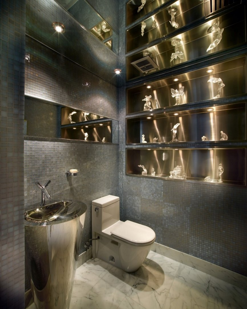 Modern bathroom with Lalique figurines