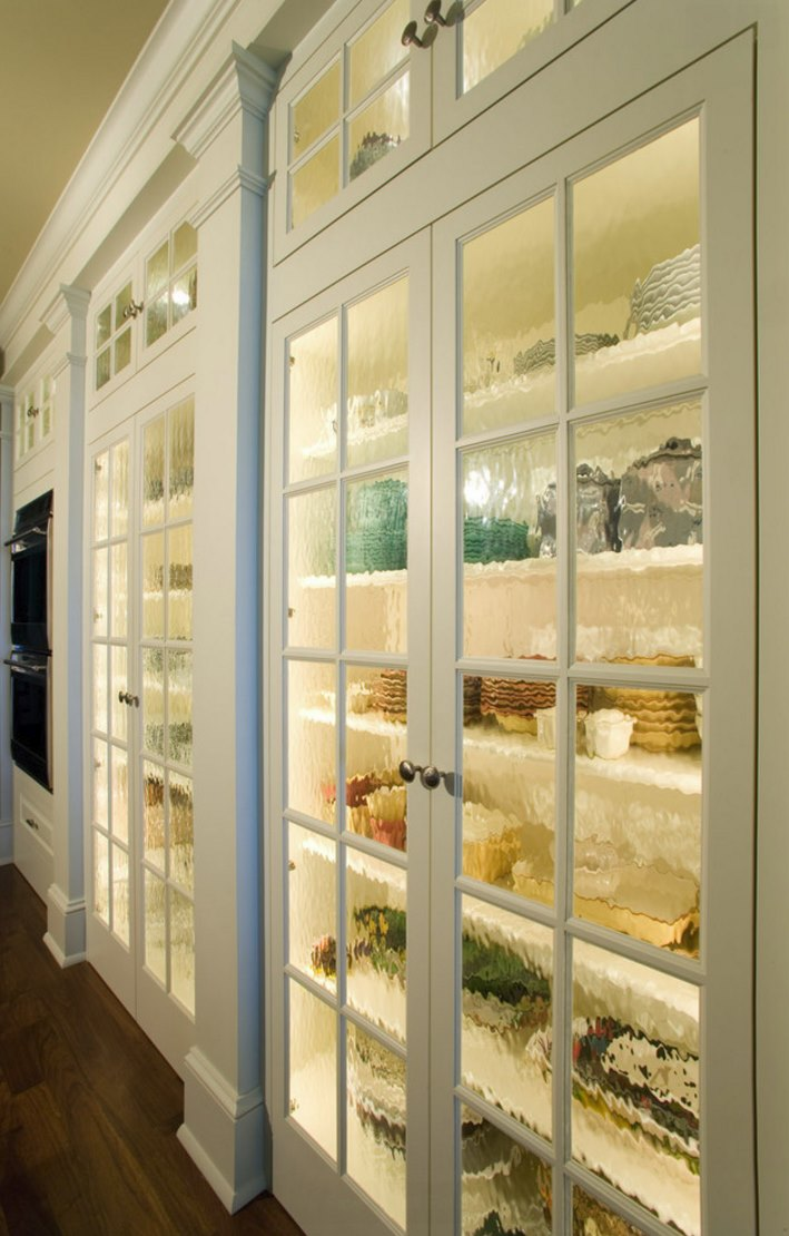 Pantry doors with textured glass