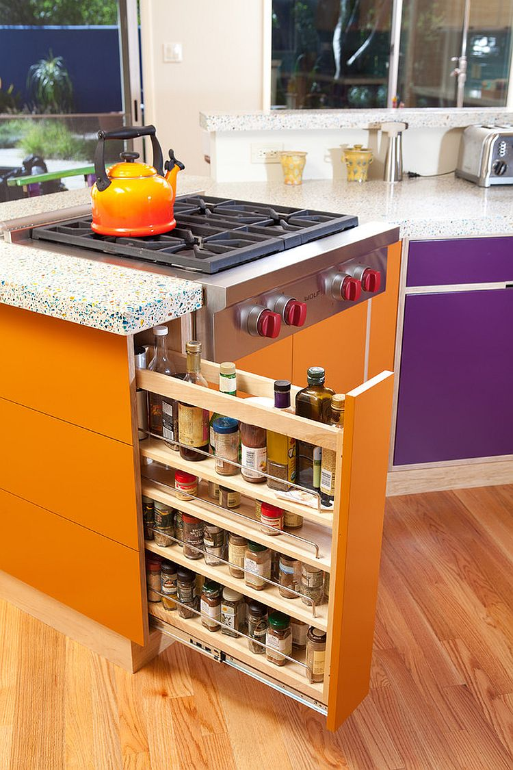 Perfect pull-out organizer for your eclectic kitchen [Design: Heather Tissue / construction by Green Goods]