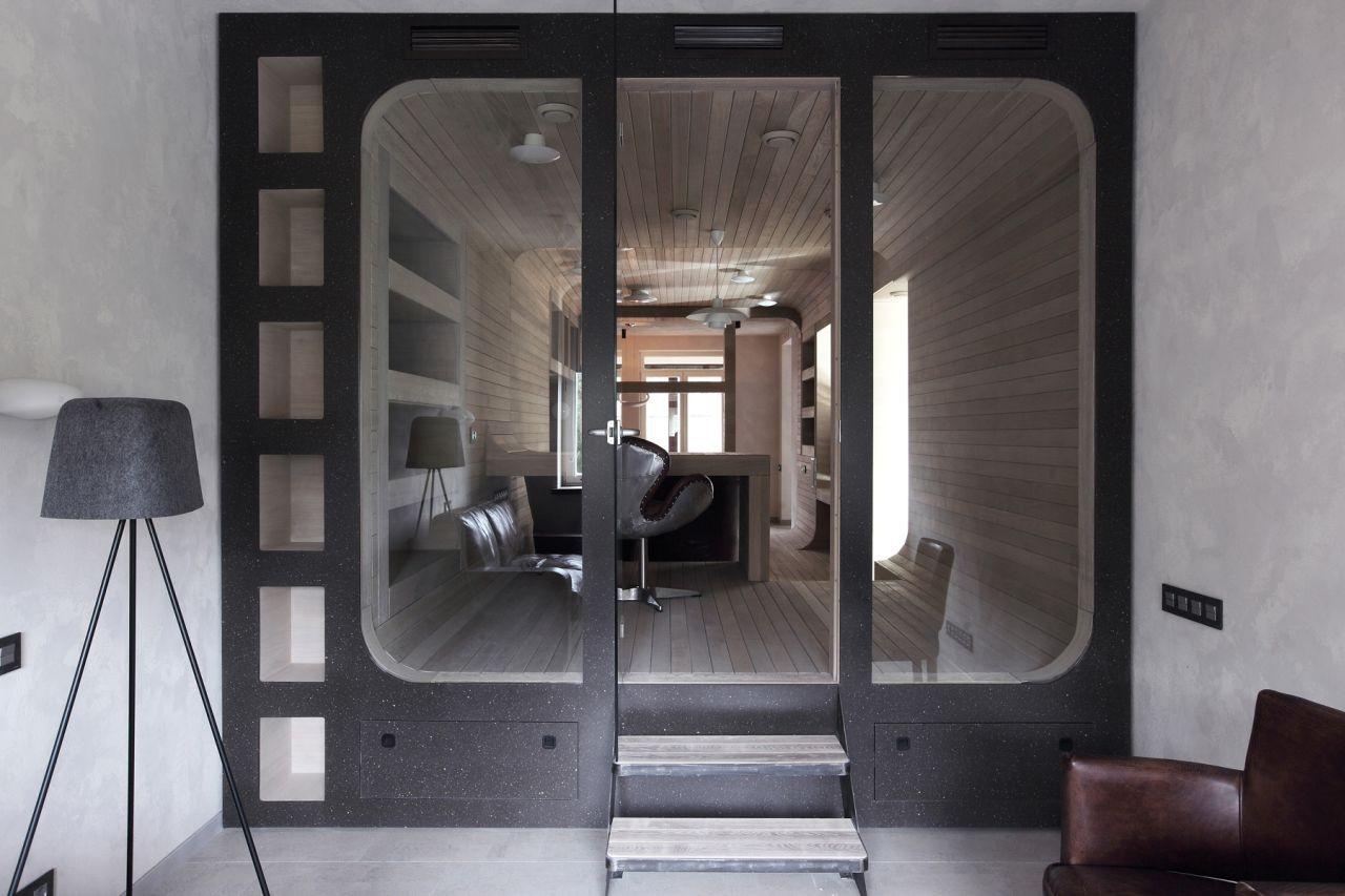 Peter Kostelov Smolenka Oak Tube Apartment