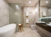 Rain glass creates shower privacy