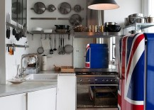 Refrigerator-with-painted-Union-Jack-is-the-showstopper-in-this-kitchen-217x155
