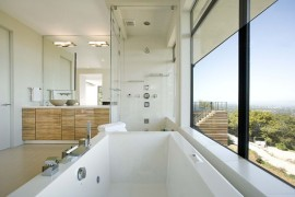 Relaxing bathtub with a view  Spectacular Bathroom Design with a View Relaxing bathtub with a view