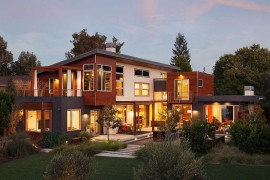 Taking in the Outdoors: Contemporary Custom Residence in Los Altos