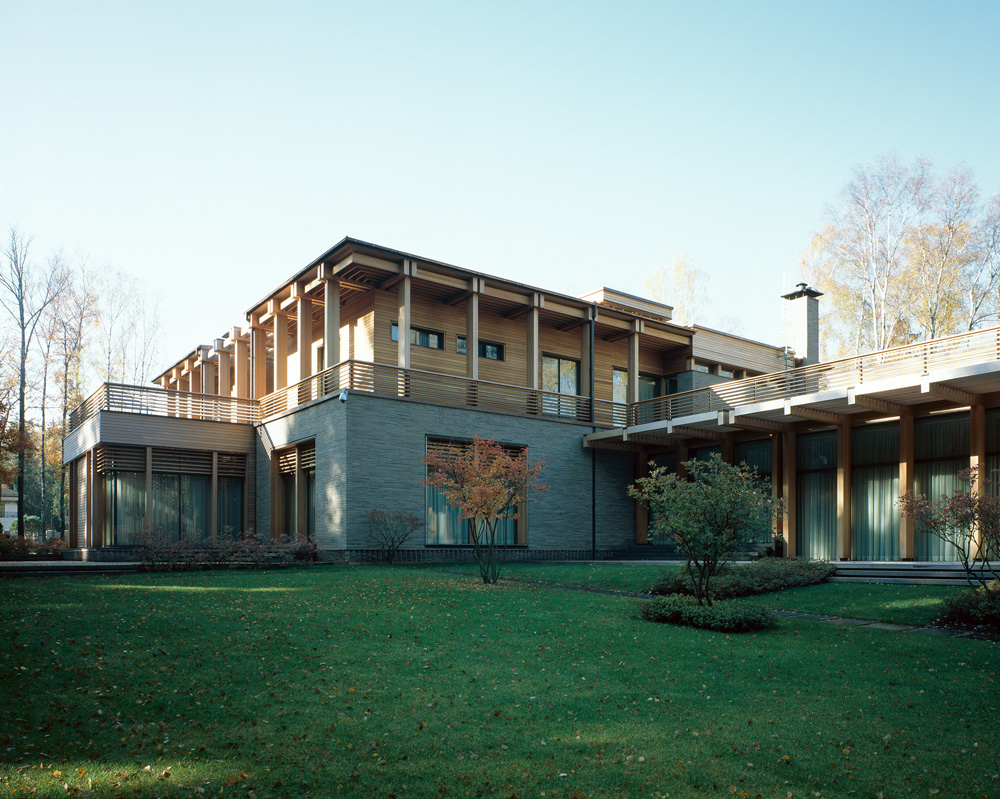 10 contemporary homes that showcase russian architecture