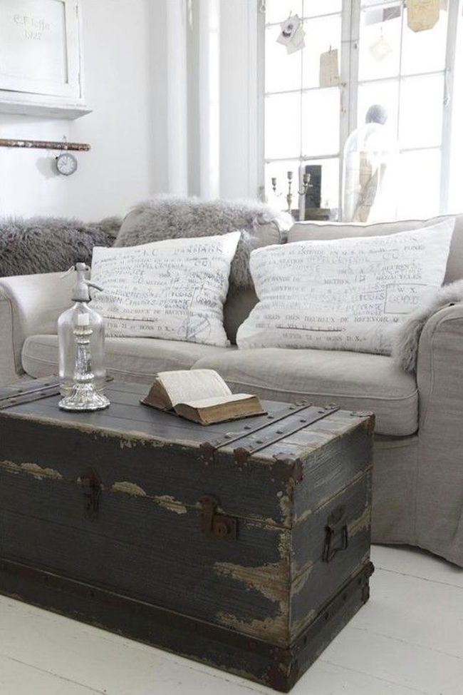 16 Old Trunks Turned Coffee Tables That Bring Extra