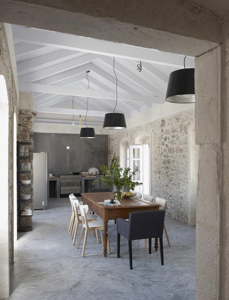 Villa Kalos dining space