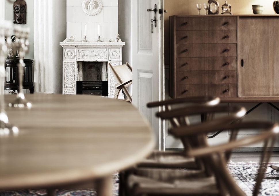 Wegner cabinet prototype in home of Knud Erik Hansen