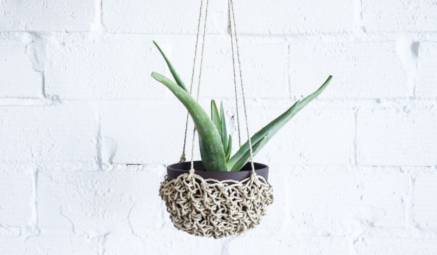 Woven hanging basket from Spartan