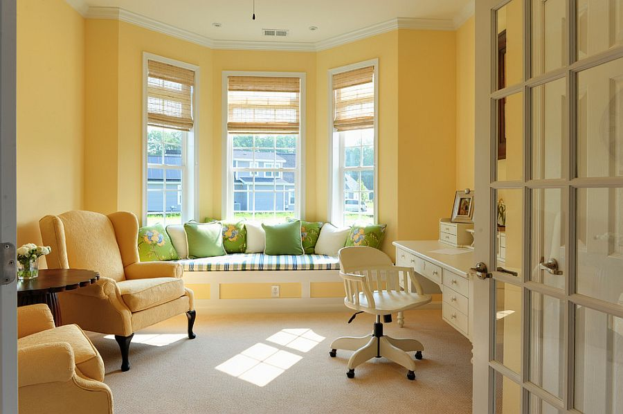 Yellow brings a warm, fuzzy glow to the relaxing home office [Design: Echelon Interiors]